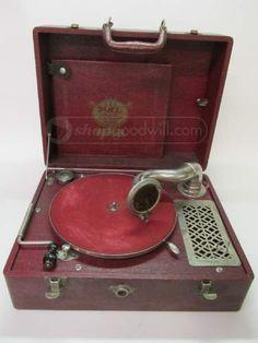 Pal Junior Plaza Music Co Portable Phonograph