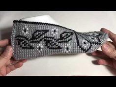 Tunisian Crochet Patterns, Baby Knitting Patterns, Back Hand Mehndi Designs, Crochet Slippers, Crochet Clothes, Elsa, Diy And Crafts, Gloves, Wool