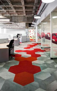 Carpet Runners End Of The Roll – Modern Office Design Corporate Office Design, Office Space Design, Corporate Interiors, Workplace Design, Office Interior Design, Office Interiors, Design Corporativo, Floor Design, Fusion Design