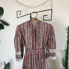 Rare 1970s Original Vintage Indian Block Print Cotton Dress   Etsy Greek Dress, Indian Block Print, Leather Dog Collars, Cotton Dresses, Printed Cotton, Happy Shopping, 1970s, Print Design, Trending Outfits