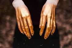 touching the sun / - she found out his name and had control over him. she made him spin the gold. she made him spin until his fingers bled. until he bled gold. Solas Dragon Age, Gold Aesthetic, Apollo Aesthetic, Stay Gold, Gods And Goddesses, Aphrodite, Medusa, At Least, Touch