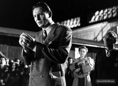 Real life hero: Liam Neeson as Oskar Schindler in the Oscar winning Schindler's List, which is based on true events Liam Neeson, Forrest Gump, The Best Films, Great Movies, Schindlers Liste, 1990s Films, Oscar Wins, Movie Shots, Ralph Fiennes