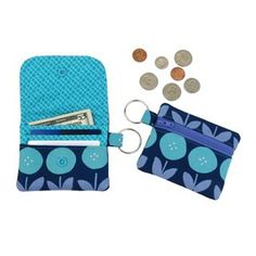 Circle Zip Earbud Pouch Tutorial - Dog Under My Desk Coin Purse Tutorial, Pouch Tutorial, Bag Patterns To Sew, Pdf Sewing Patterns, Sewing Tutorials, Sewing Ideas, Sewing Projects, Bag Tutorials, Sewing Tips