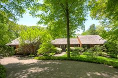 Custom Contemporary | Bernardsville Somerset County, Central New Jersey Single Family Home Home for Sales Details