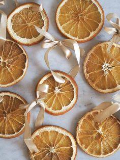 Grapefruit, Christmas Crafts, Seasons, Orange, Guide, Garland, Handmade Christmas Crafts, Seasons Of The Year
