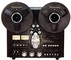 Technics RS-1700U Vintage Audio. Japanese-made reel-to-reel:  classic audio