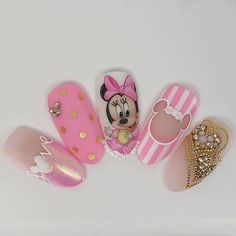Cute hand painted Minnie Mouse nails by Ugly Duckling Art Educator 😍 Ugly Duckling Nails is dedicated to keeping love, support, and positivity flowing in our industry ❤️ Cute Nail Art, Cute Nails, Pretty Nails, My Nails, Minnie Mouse Nail Art, Mickey Nails, Disney Acrylic Nails, Best Acrylic Nails, Nails Inc