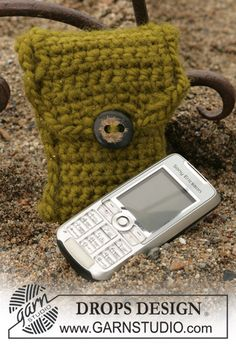 DROPS Cell phone cozy.  Another crochet project.