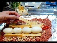 Arrollado de carne la receta mas fácil y deliciosa - YouTube Chilean Recipes, Mexican Food Recipes, Dessert Recipes, Mince Recipes, Cooking Recipes, Carne Molida Recipe, Coliflower Recipes, Family Meal Planning, Colombian Food
