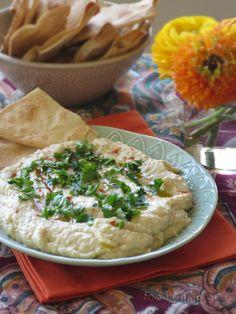 Αραβική νηστίσιμη μελιτζανοσαλάτα με ταχίνι (baba ganoush) και τσιπς πίτας Cetogenic Diet, Keto Recipes, Vegetarian Recipes, Baba Ganoush, Tapenade, Junk Food, Pesto, Mashed Potatoes, Dips