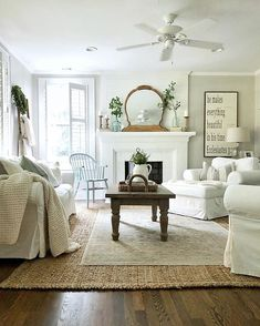 Awesome 36 Cool Farmhouse Living Room Design Ideas That Looks Elegant. : Awesome 36 Cool Farmhouse Living Room Design Ideas That Looks Elegant. Farmhouse Decor Living Room, Home Living Room, Farm House Living Room, Home Decor, Country Style Homes, Cottage Living Rooms, Cottage Living, Living Decor, Country Living Room