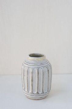 malinda reich small vase no. 022.