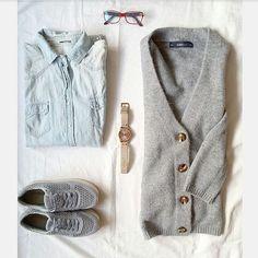 """327 """"Μου αρέσει!"""", 1 σχόλια - styliciouss Life (@styliciousslife) στο Instagram: """"Casual mornings✔✔ . Watch: @oozoogreece Shirt: @zara Jacket: @zara Shoes: @zara Glasses:…"""""""