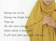 Bukannya mau sok taat Bukannya mau berlagak hebat Hanya saja ......  Good morning people. Bogor masih dengan mendung mendung manjahnya. Have a nice weekend ya say ...  #PcTopMunira #gamis #kerudung #hijab #instan #pashmina #segiempat #jersey #crepe #ceruti #bubblepop #antem #tanpapentul #munira #ukhti  ------------------------------ Like fanspage momsbabyshopping Follow IG momsbabyshopping