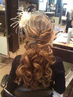 Cute Wedding Hairstyle  ♥ Wavy Wedding Hair #CupcakeDreamWedding