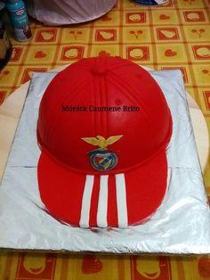 Bolo boné do Benfica