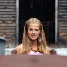 Candice Bergen (May 9, 1946) American actress and model, o.a. known from the movie 'Gandhi'  from 1982.