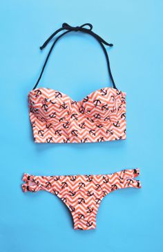 This is such a cute bathing suit. I don't really like bathing suits like this ,but this is cute for summer.