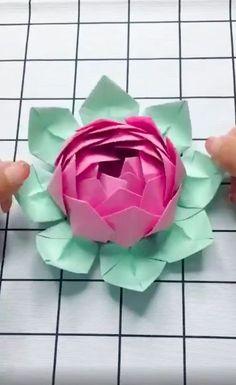 Flowers DIY How do you make paper flower decorations?  How do I make paper roses?How do you make paper flower decorations?  How do I make paper roses? Paper Flowers Craft, Paper Crafts Origami, Diy Origami, Flower Crafts, Diy Flowers, Flower Decorations, Flower Paper, Origami Flowers, Origami Rose