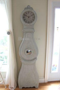 Deluxe Maison Decor Mora Floor Clock Reproduction,  Pale Blue