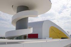 Centro Niemeyer. Avilés  Foto: Fran, Autoescuela Villa de Avilés