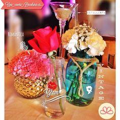Decoramos historias  #weddingdecoration #boda #decoracion #vintage #love #amor #photooftheday #flores #flowers #crafts #decolores #caracas #novia #bride #wishtree #picoftheday #venezuela #instabride  #hechoamano #creativo #instalove #instagood #instamood #centrosdemesa #centerpieces #sign #chalkboard #pizarra #message #rhonnadesigns_app #Padgram