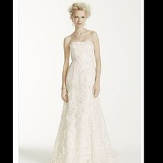 Fitted Trumpet Wedding Gown W/Subtle Pink Flowers