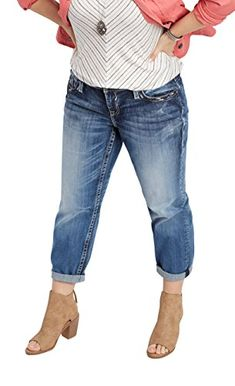 61a1c6fa664 maurices Women s Vigoss Plus Size Cropped Boyfriend Jeans 24 Dark Sandblast