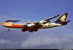 Singapore Airlines 9V-SPL Boeing 747-412 aircraft picture