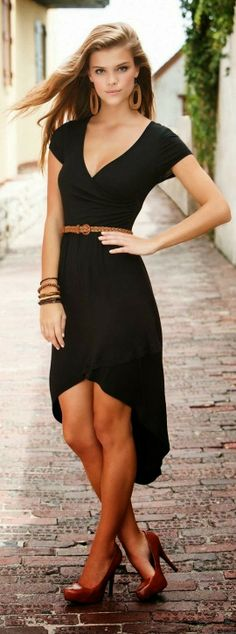 What a lovely dress! #pmtsblackout #pmtsmboro #paulmitchellschools #blackonblack #black #outfit #outfits #allblack #love #inspiration #ideas http://womensfashion12.blogspot.com.tr/2014/02/black-glamorous-dress.html