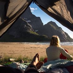 Camping is a wonderful and exciting way to spend your vacation. Look at this article to have a great camping adventure. They will offer great advice you can put to good use on your outdoor adventure! Camping Life, Tent Camping, Family Camping, Adventure Awaits, Adventure Travel, Voyager C'est Vivre, Vie Simple, Kayak, Plein Air