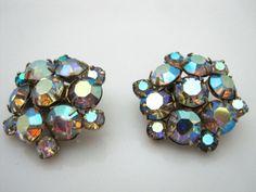Vintage WEISS Aurora Borealis Cluster Clip Earrings #Weiss #Cluster