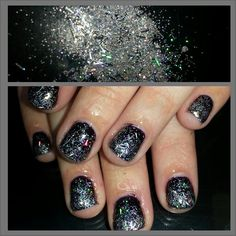 Black shellac with silver glitter fade. Instagram: @boop711