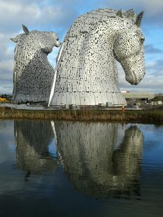 The White Knight Scotland Public Art And Irish Art - Amazing horse head sculpture lights scottish skyline