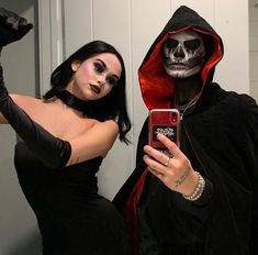 Dance with me darling November 02 2019 at fashion-inspo Cute Couple Halloween Costumes, Trendy Halloween, Halloween Inspo, Halloween Kostüm, Halloween Makeup, Clever Couple Costumes, Couples Halloween Outfits, Emo Couples, Best Couples Costumes