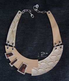 #ecodesign #handmade #recycledleather #collar #necklace by #lapezzaacolori #collana #artigianale #in #pelle di #riciclo #designjewels #leathercreations #leatherjewelry #unconventionaljewels
