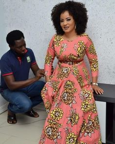 The Hottest and Trendy Ankara Styles To Wear in the Year 2017 - Wedding Digest Naija Ankara Long Gown Styles, Trendy Ankara Styles, African Dresses For Women, African Print Dresses, African Attire, African Fashion Ankara, Latest African Fashion Dresses, African Print Fashion, Look At You