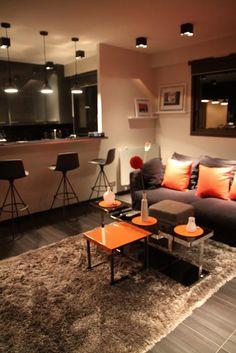 Appartement Masculin Colore....I LOVE bright colors! Loving the Orange (: