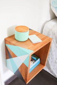 table de chevet diy motifs geometriques