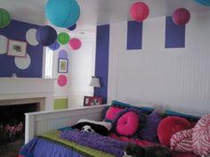'Purple Stripes' collection - photo 3 -  #kidsdecor #kidsrooms #girlsrooms
