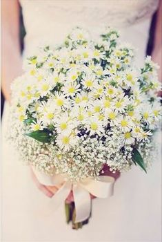 Image result for daffodil and gypsophila wedding flowers