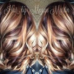blonde hair with cherry and chocolate lowlights. This is amazing. when i see all these cute hair styles it always makes me jealous i wish i could do something like that I absolutely love this hair style so pretty! Perfect for summer!!!!!