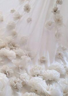Leila Hafzi #details #wedding #dress #regram @leilahafzi