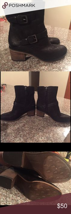 GORGEOUS FRANCO SARTO ANKLE BOOTIES SZ 6.5 🌹🌹🌹 Beautiful leather black ankle booties from FRANCO SARTO! Perfect staple for your closet!Wear them any and everywhere! Never worn, excellent condition! Size 6.5 🌹🌹🌹🌹🌹🌹🌹🌹🌹🌹🌹🌹🌹🌹🌹🌹🌹🌹🌹🌹🌹 Franco Sarto Shoes Ankle Boots & Booties