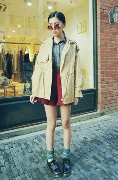 Pin by soo 👁 🗨 corner on women * fashion and style корейская мода, мода, Korean Fashion Winter, Korean Fashion Casual, Korean Fashion Trends, Japanese Street Fashion, Cute Fashion, Asian Fashion, Girl Fashion, Fashion Looks, Fashion Outfits