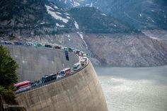 Team Vehicles on tour de Suisse