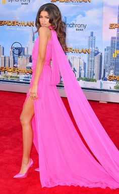 Best Dressed Celebrities: See Their Dresses From the Back - Zendaya in Ralph and Russo