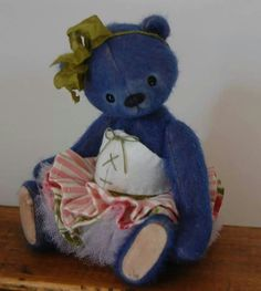 Little corsetted bear