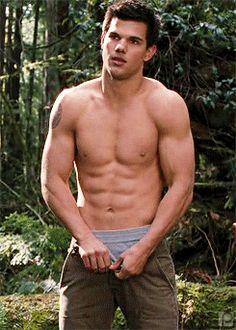 Taylor Lautner!!