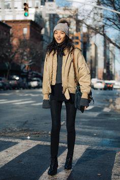 Street Look à la Fashion Week de New York automne-hiver 2017-2018  Crédit photo : Sandra Semburg